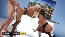 Milf news anchors Alexis Fawx and Luna Star fuck the paige – Brazzers