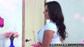 Brazzers Busty Ste Mom Wants Her Step Son Cock In Pussy