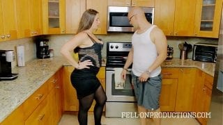 Madisin Lee in Cooking For Stepmom Anal Fucking Hardcore